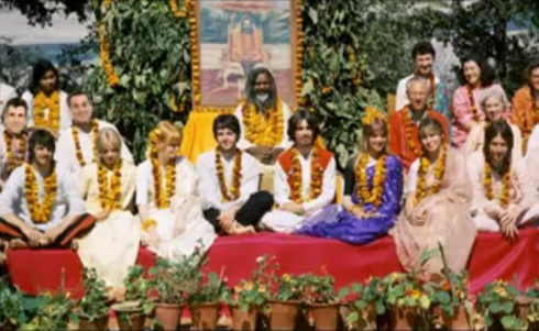 Beatles_w_Maharishi